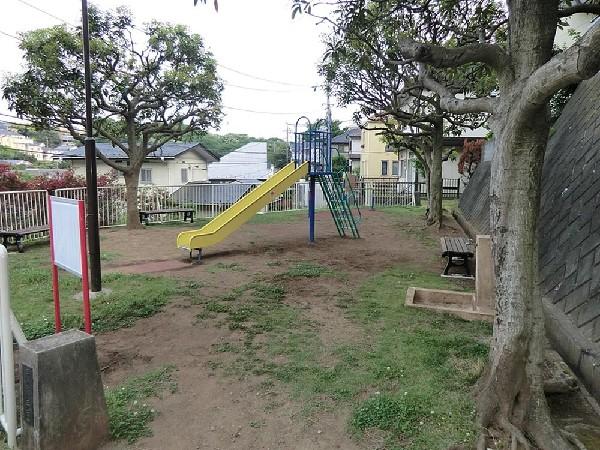 馬場町第三公園(馬場町第三公園まで200m 公園近くでお子様も安心して遊べます♪)
