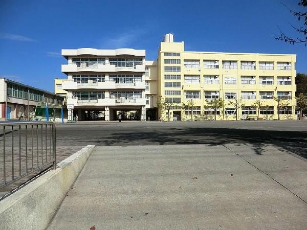 横浜市立駒林小学校(横浜市立駒林小学校まで650m)